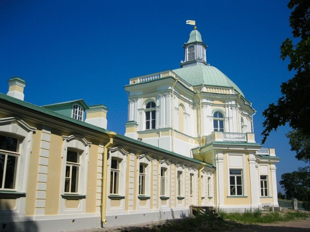Меншиковский дворец