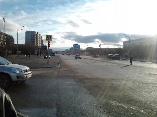 Воркута. Ул.Ленина (в районе пл.Центральная)