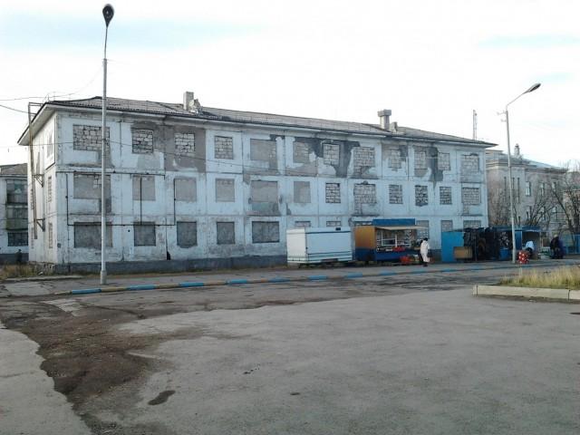 Заброшеный дом в центре города на ул.Ленина