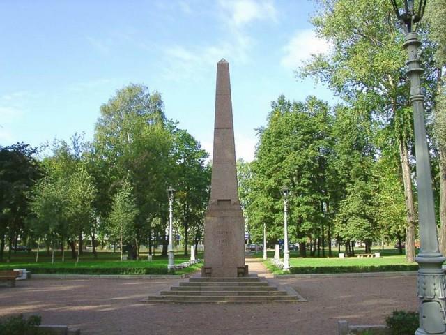 Памятник дуэли Пушкина