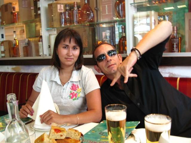 В России мы перестали каждый день кушать в общественных местах. Мы опять становимся русскими