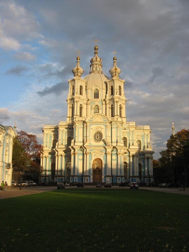 Санкт-Петербург. Смольный собор. Осень 2011 года.