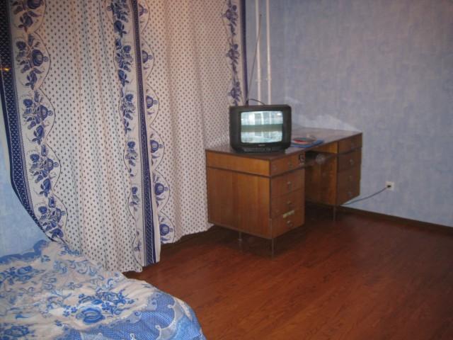 Квартира была полупустая, не очень уютная, НО НОВАЯ