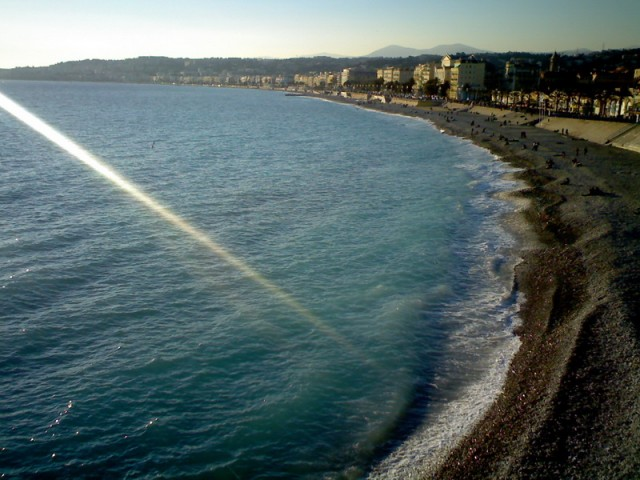 Как красиво мутное море при солнечной погоде