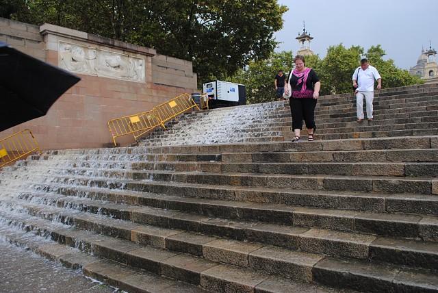 """""""Чисто конкретные пацаны"""" особо не маскируются даже в Барселоне — городе Гауди..."""