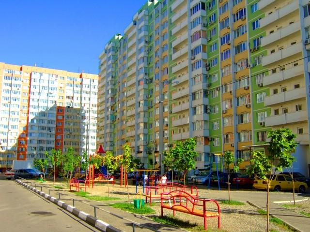 Краснодарские дворы приводятся в порядок и усилиями самих жителей