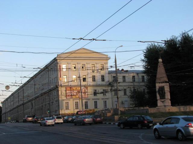 Здание военных казарм в Лефортово