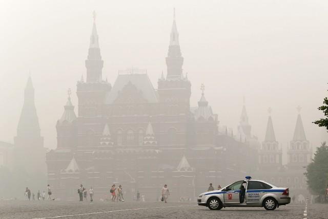 Смог в центре Москвы – обычное явление летом, когда горят торфяники