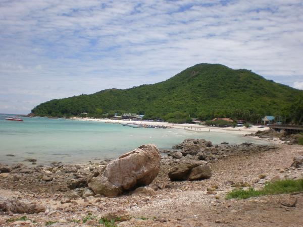 На таком островном пляже я остановился