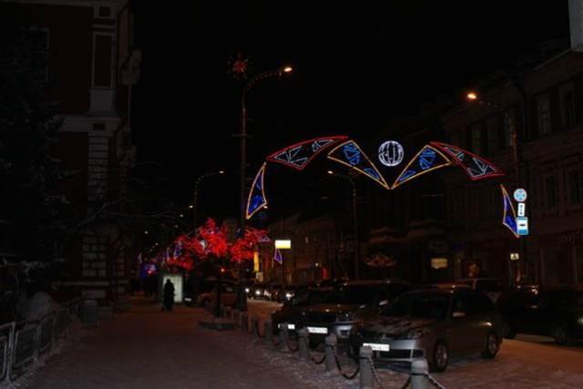 Проспект Мира - центральная улица Красноярска в вечернее время