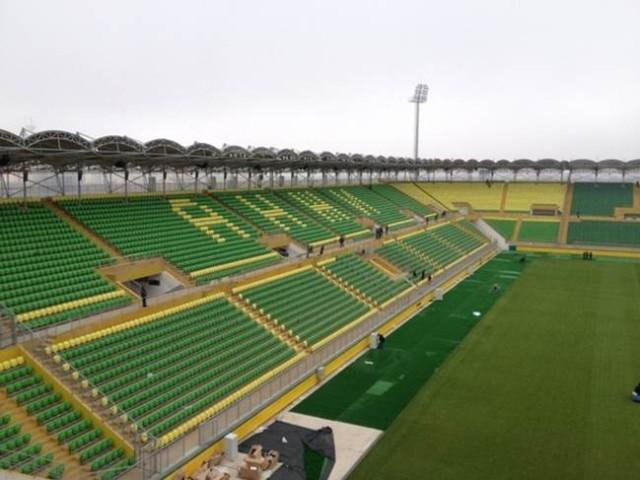 Стадион для «Анжи» на отшибе города, микрорайон Анжи