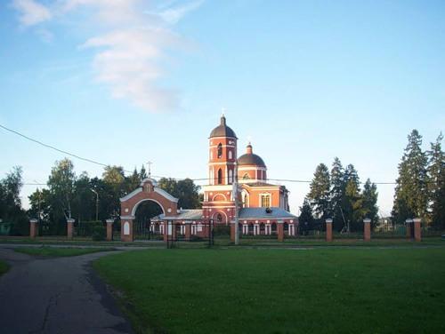 Святые места в Савелках - Церковь Николая Чудотворца