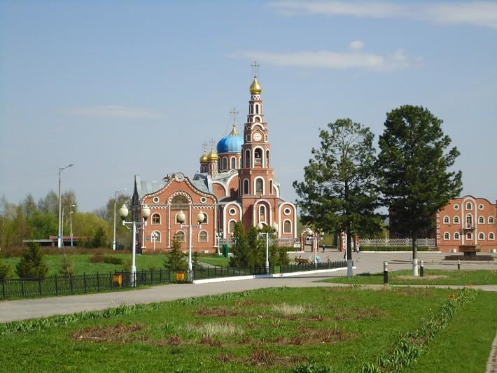 Собор святого равноапостольного великого князя Владимира