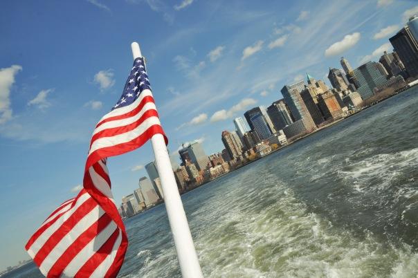 Вид с катера на Нью-Йорк