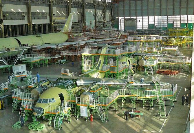 Сборка самолетов на Воронежском авиазаводе
