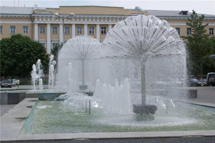 Фонтаны в Новочеркасске – спасение от летней жары