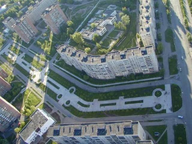 Пересечение улиц К. Маркса и Толстого