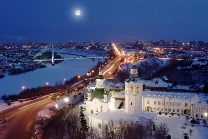 Город красив и зимой. Река Тура