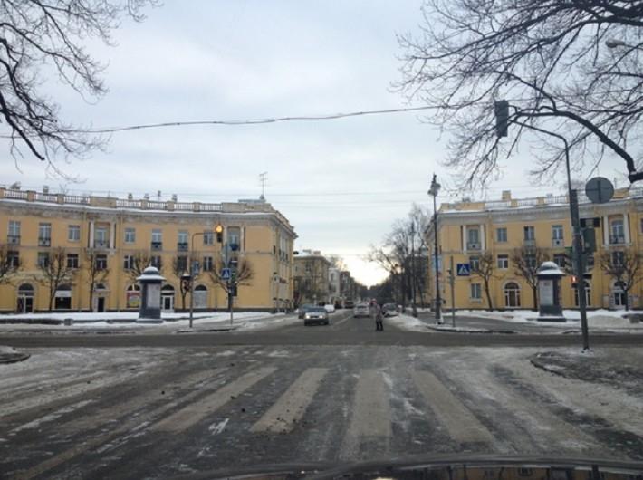 Угол Конюшенной улицы и Октябрьского бульвара