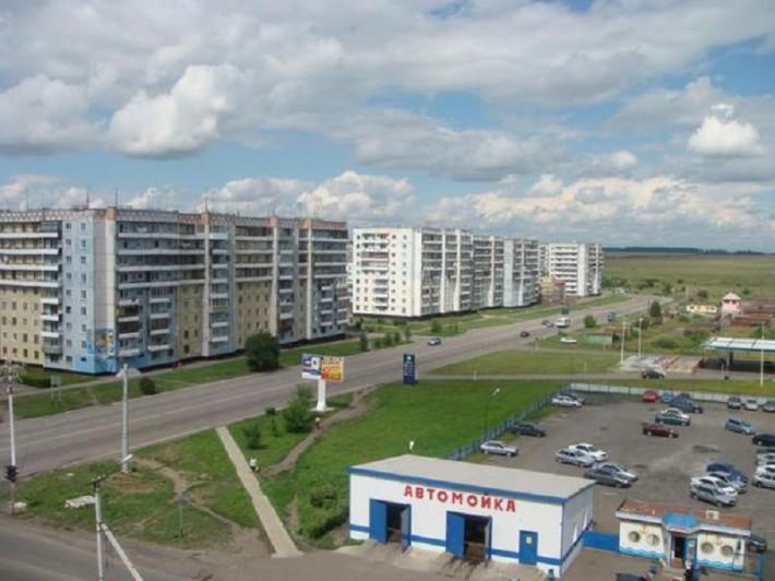 Второй микрорайон, район расположения Ледового дворца
