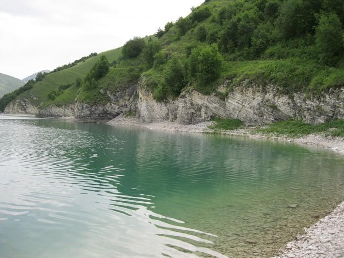Озеро Кезеной-ам в Чечне