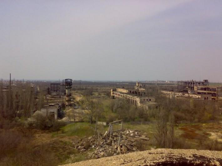 Развалины химзавода в Саках