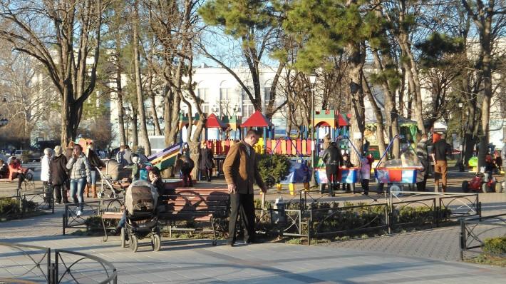 Детская площадка в сквере Тренева