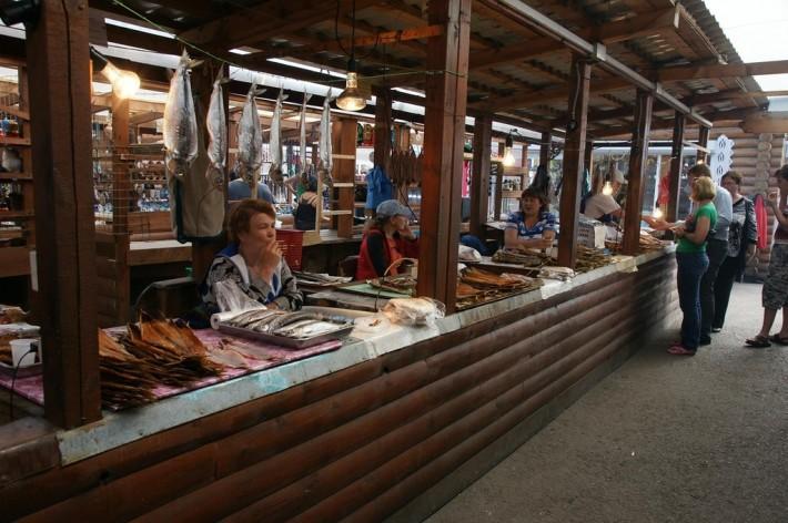 Байкальский омуль на рынке