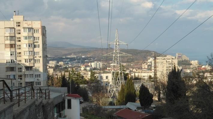 Вид на Алушту с ул. Октябрьской