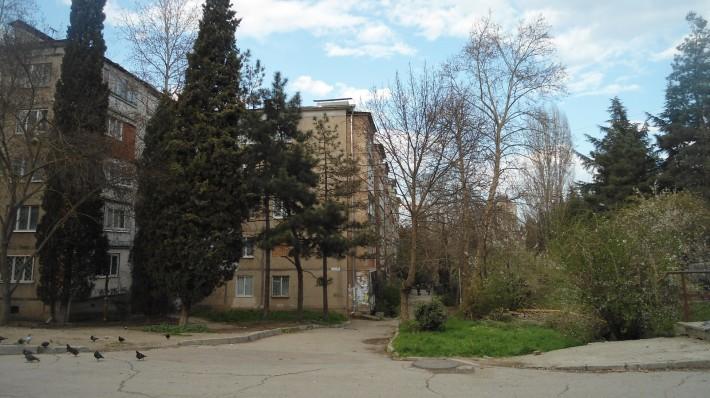 Улица Ялтинская