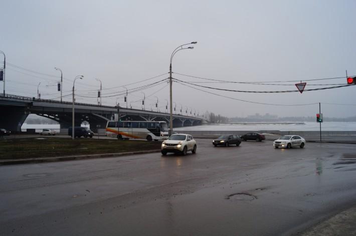 Один из 3-х мостов на левый берег