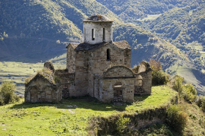 Сентинский храм близ аула Нижняя Теберда