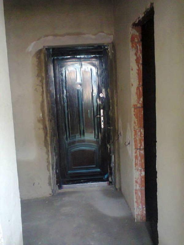 Вот такой была наша квартира, сразу после получения ключей
