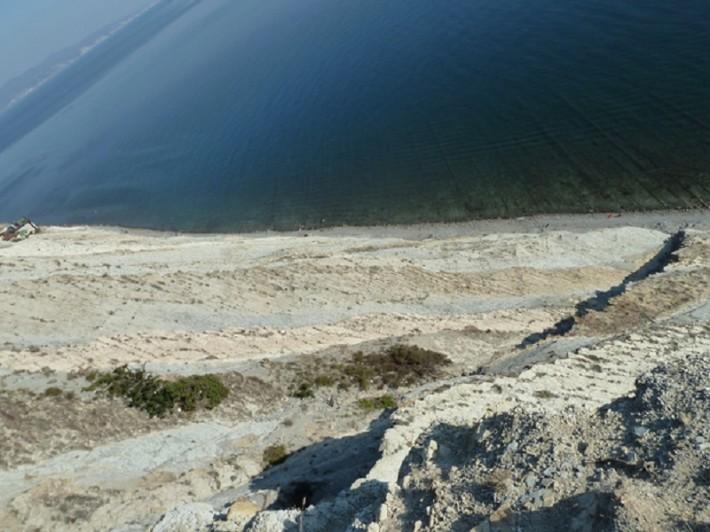 Великолепная, завораживающая красота чёрного моря. Фото со скалы