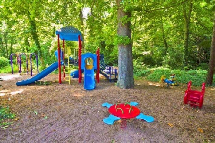 Детская площадка в Ливадии
