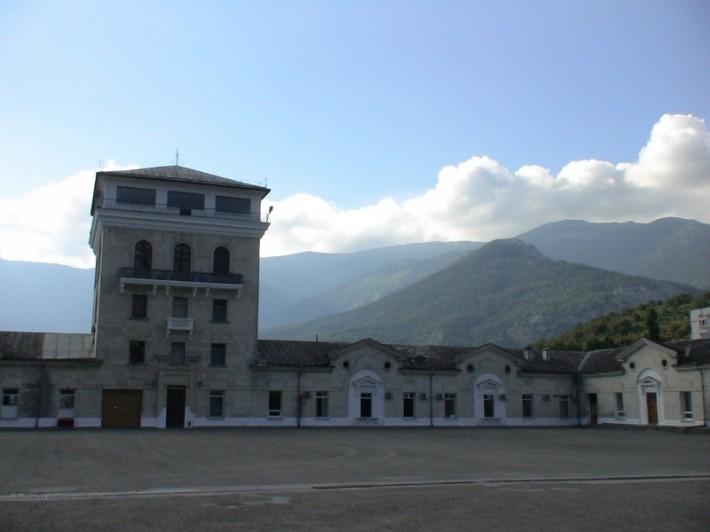 Головное здание винзавода Массандра