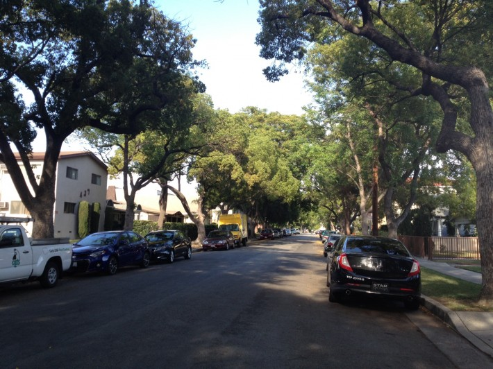 Улица Вест Виндсор в Глендейле (Глендейл, штат Калифорния, США)