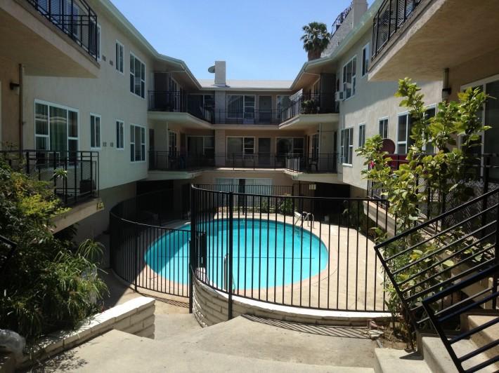 Дом, в котором мы живем в Лос Анджелесе (Лос Анджелес, штат Калифорния, США)