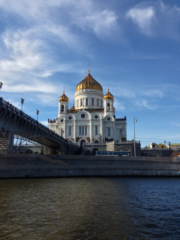 Храм Христа Спасителя, речная прогулка