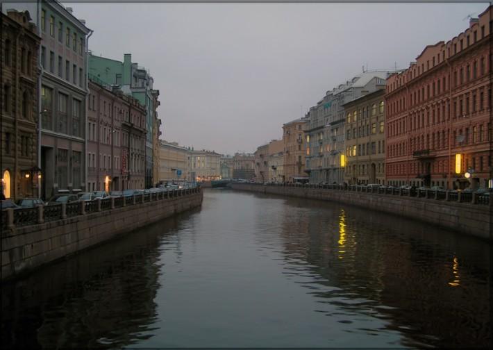 Набережная реки Мойки. Санкт –Петербург