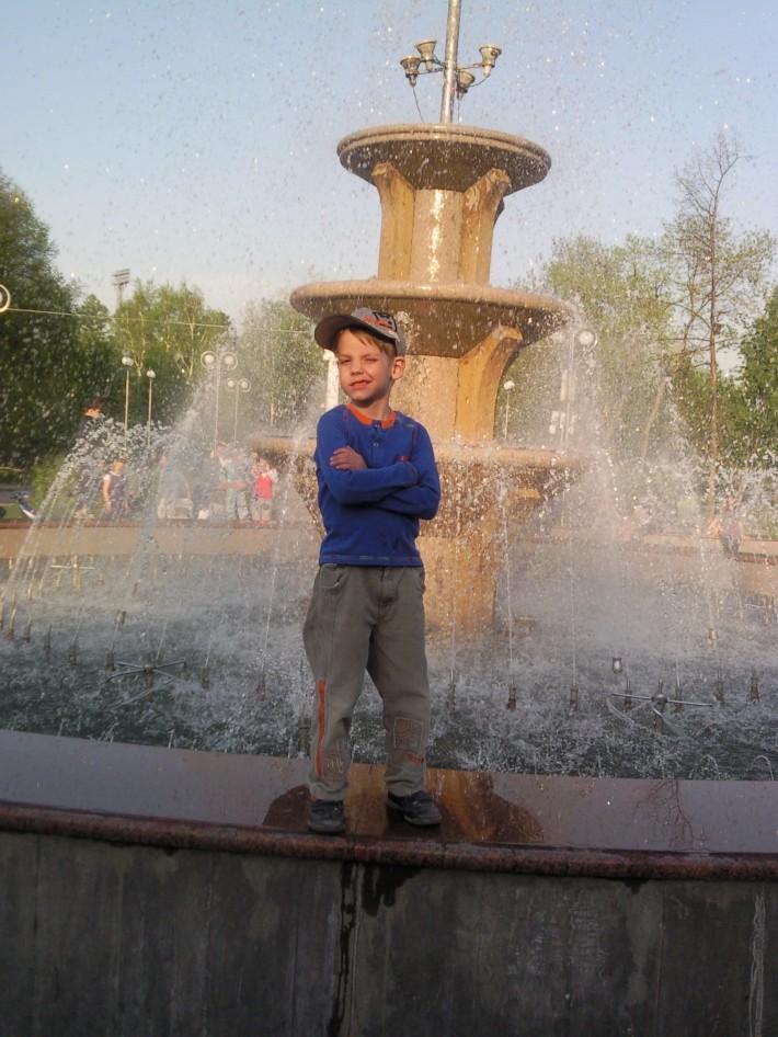 Фонтан на Новособорной площади г. Томск