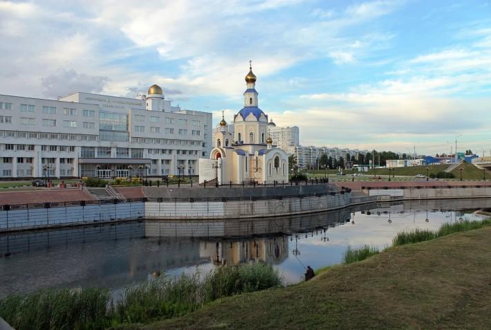 Здание БГУ
