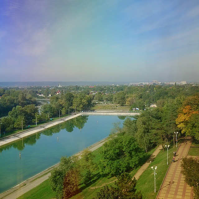 Самый большой открытый бассейн в Европе, городской парк, Майкоп