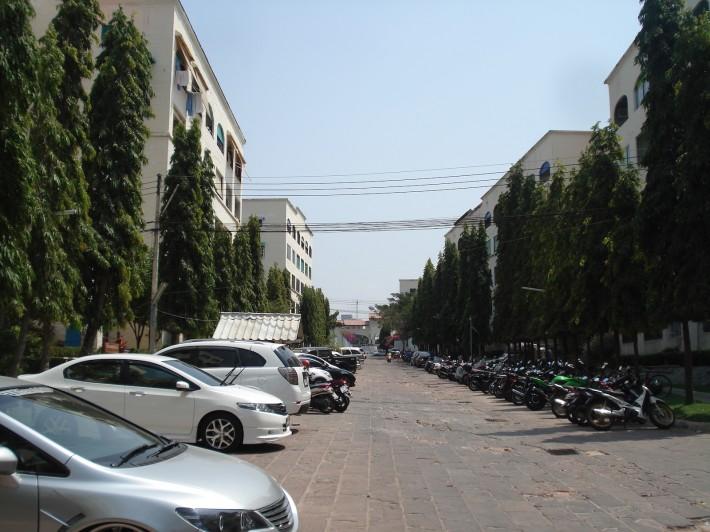Бюджетный старенький кондо, Центральная Паттайя