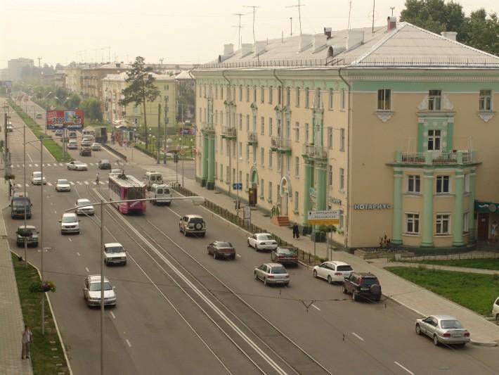 Старая часть города, граница где заканчиваются сталинки и начинаются хрущевки