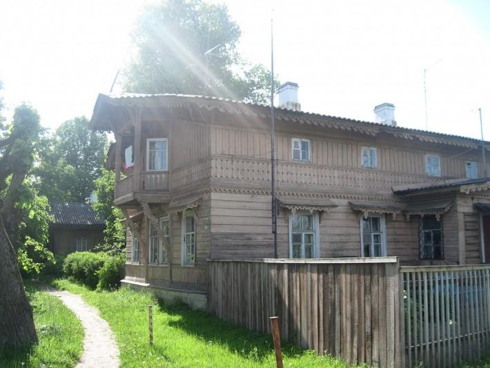 Один из домов Егерской слободы