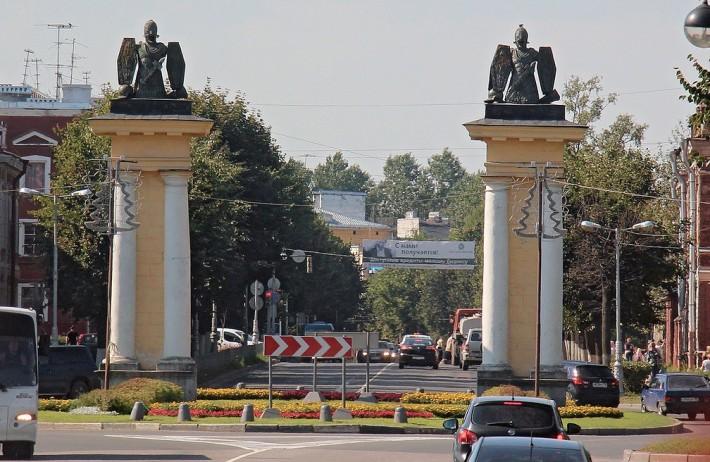 Ингербургские ворота раньше отмечали въезд в город