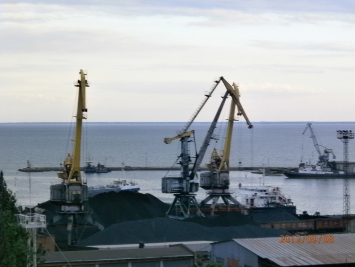 Уголь в порту