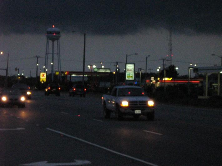 Ночный хайвей в Килл Дейвиле