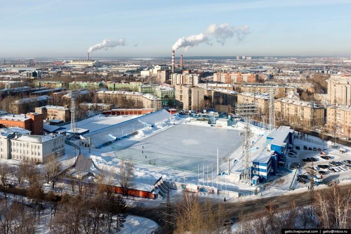 Стадион «Сибсельмаш» - база новосибирской команды по хоккею с мячом
